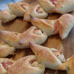 【おうちパン講座99】ベーコンエピ&シナモンスティックパン 『おうちパン』でパン屋さん気分♪