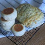 【おうちパン講座136】フライパンパン・ゴマチーズドデカパン パン作りなんて、私にも出来ますかー??